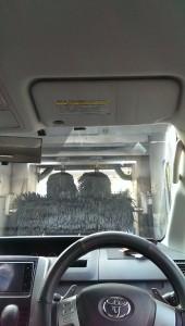 ガソリンスタンド洗車時の画像