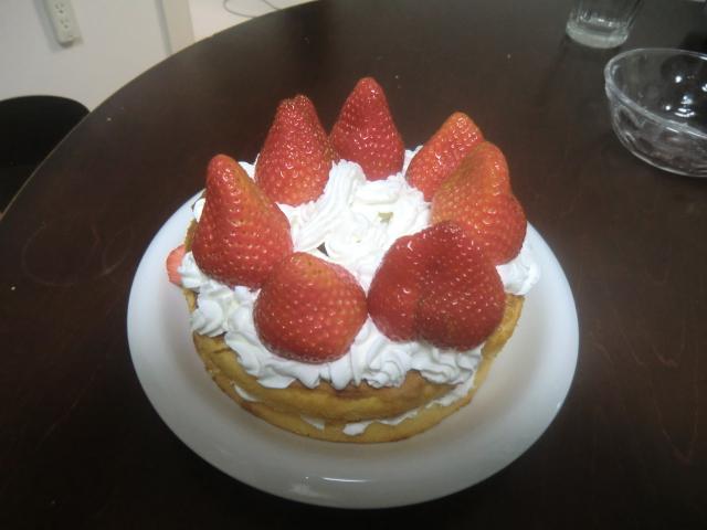 イチゴケーキ完成品