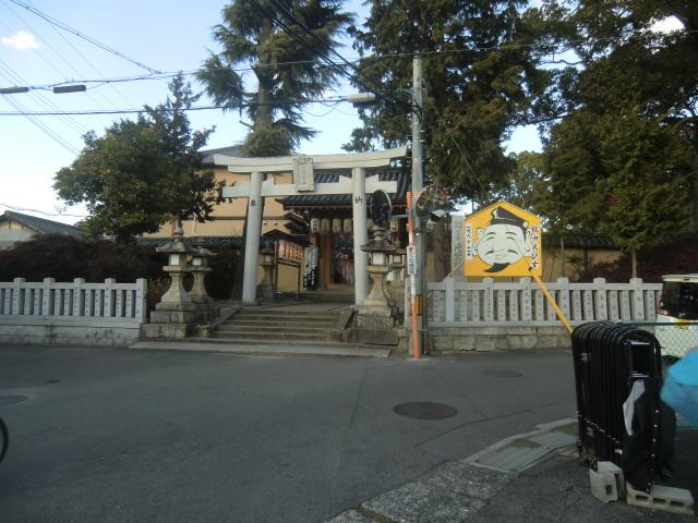 片埜神社の正面玄関