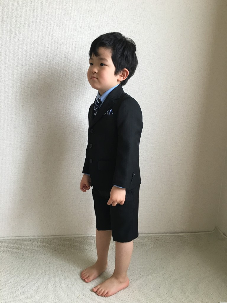 西松屋の子供のフォーマル服