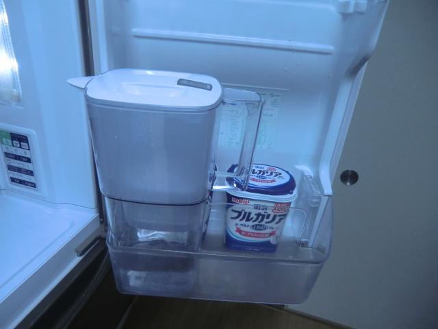 冷蔵庫にいれたブリタ