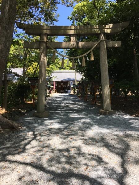御殿山神社の入り口