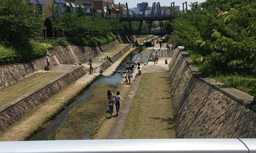 茨木市の子供が遊べる所はキューズモール
