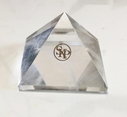 skpピラミッド水晶