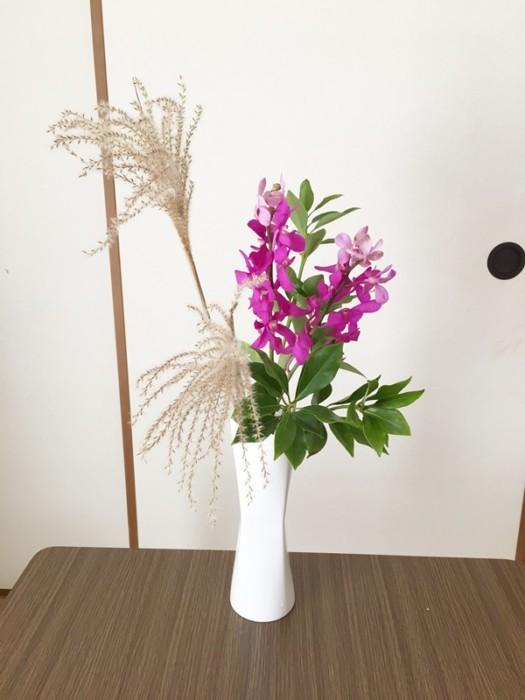ススキ生け花
